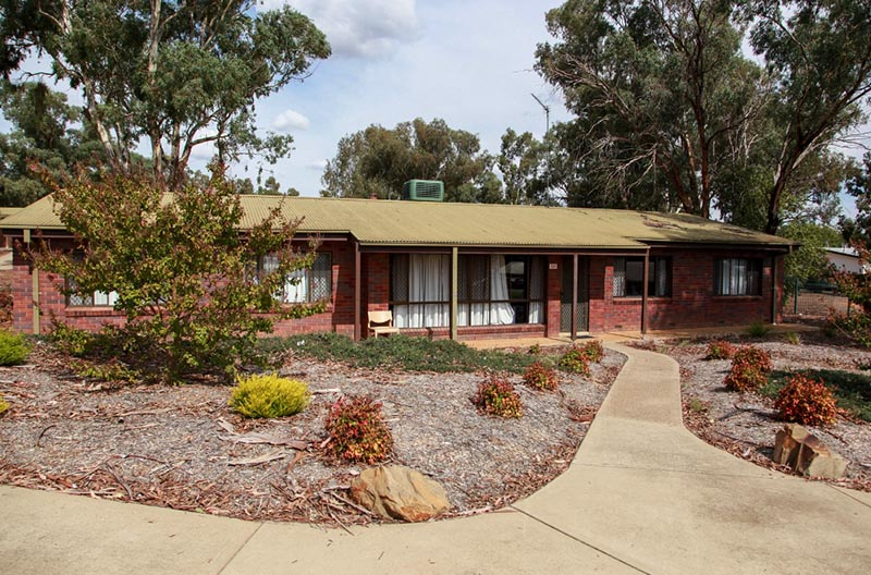 wagga wagga jewish singles Bolton on the park provides comfortable hotel accommodation, stylish décor and modern amenities in wagga wagga, nsw enquire now or book a room with us today.